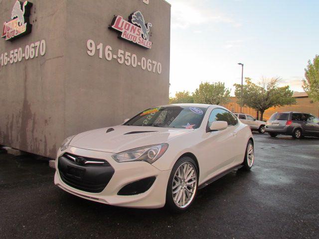 2013 Hyundai Genesis Coupe 2.0T in Sacramento, CA 95825