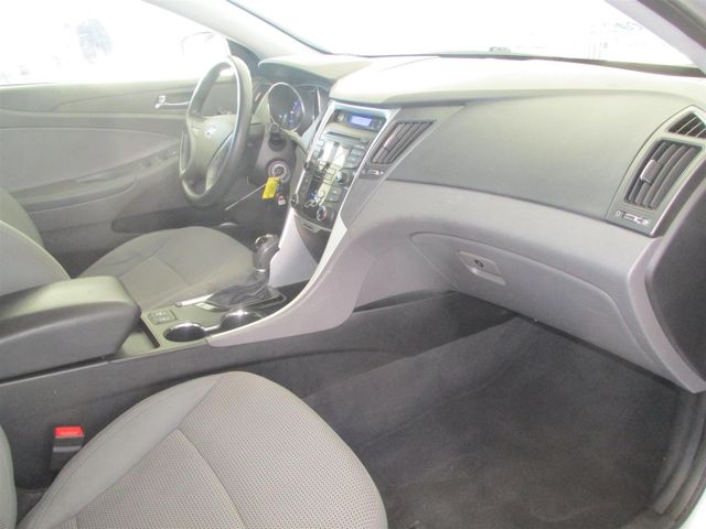 2013 Hyundai Sonata GLS PZEV Gardena, California 13