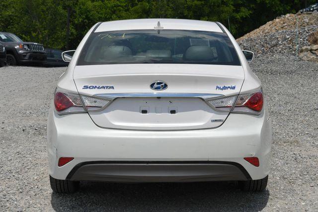 2013 Hyundai Sonata Hybrid Limited Naugatuck, Connecticut 3