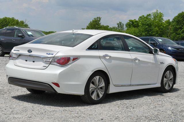 2013 Hyundai Sonata Hybrid Limited Naugatuck, Connecticut 4
