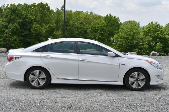 2013 Hyundai Sonata Hybrid Limited Naugatuck, Connecticut 5