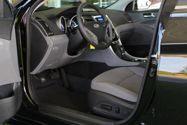 2013 Hyundai Sonata GLS Mooresville , NC 25