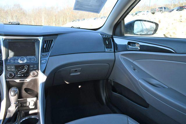 2013 Hyundai Sonata Limited 2.0T Naugatuck, Connecticut 17