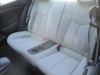 2013 Hyundai Veloster w/Gray Int Farmington, MN 3