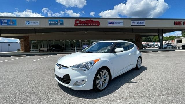 2013 Hyundai Veloster w/Black Int in Knoxville, TN 37912