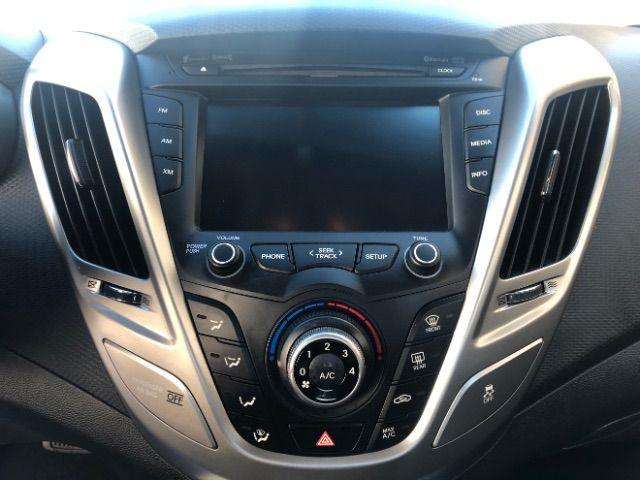 2013 Hyundai Veloster w/Black Int LINDON, UT 32
