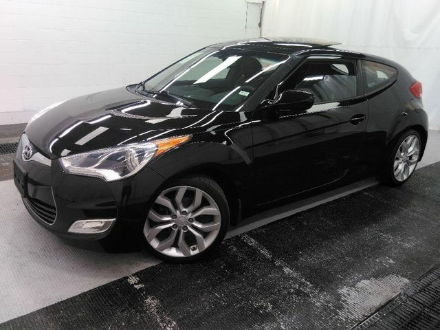 2013 Hyundai Veloster w/Black Int in St. Louis, MO 63043