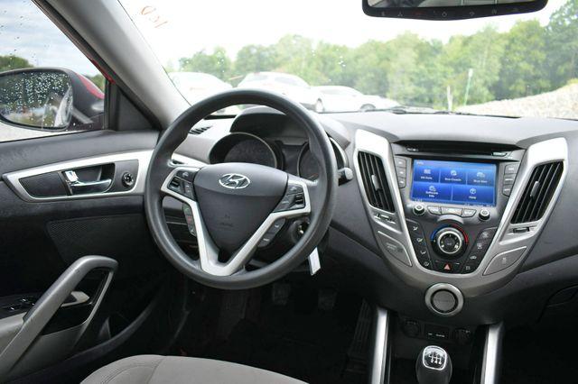 2013 Hyundai Veloster w/Gray Int Naugatuck, Connecticut 12