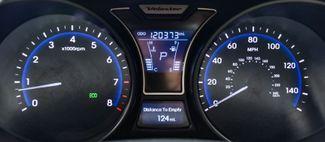 2013 Hyundai Veloster Turbo w/Blue Int Waterbury, Connecticut 28