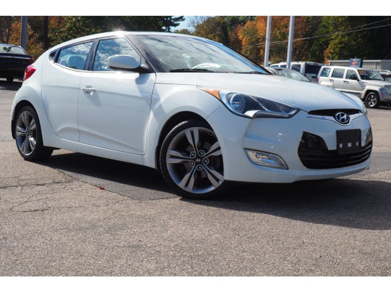2013 Hyundai Veloster w/Gray Int | Whitman, MA | Martin's Pre-Owned Auto Center