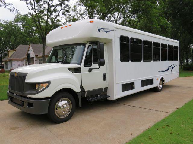 2013 International Starcraft All Star XL 30 Passenger Bus