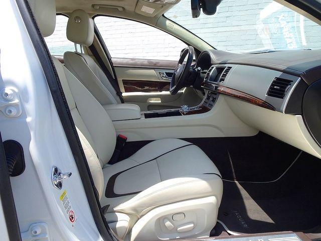 2013 Jaguar XF V6 RWD Madison, NC 37