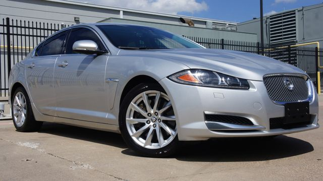 2013 Jaguar XF Sedan * NAVIGATION * Sunroof * KEYLESS * Xenons *