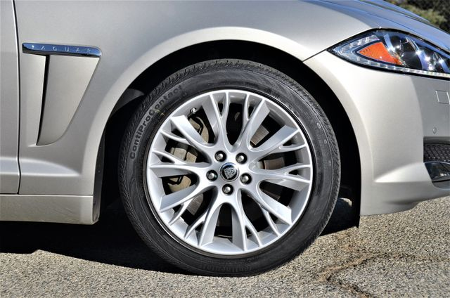 2013 Jaguar XF V6 RWD Reseda, CA 22