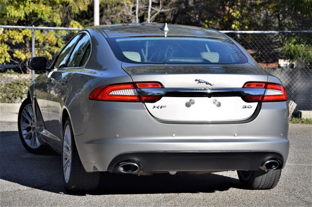2013 Jaguar XF V6 RWD Reseda, CA 24
