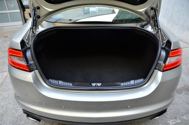 2013 Jaguar XF V6 RWD Reseda, CA 29