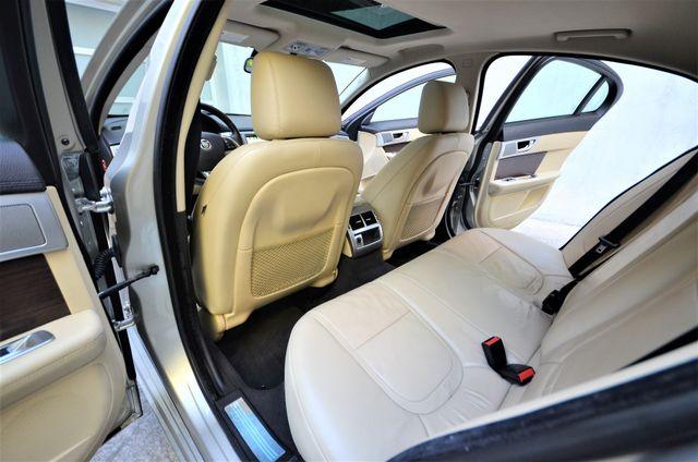 2013 Jaguar XF V6 RWD Reseda, CA 31
