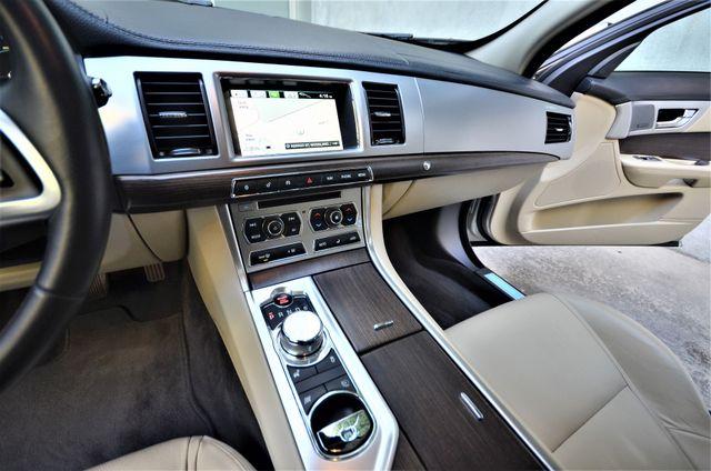 2013 Jaguar XF V6 RWD Reseda, CA 45