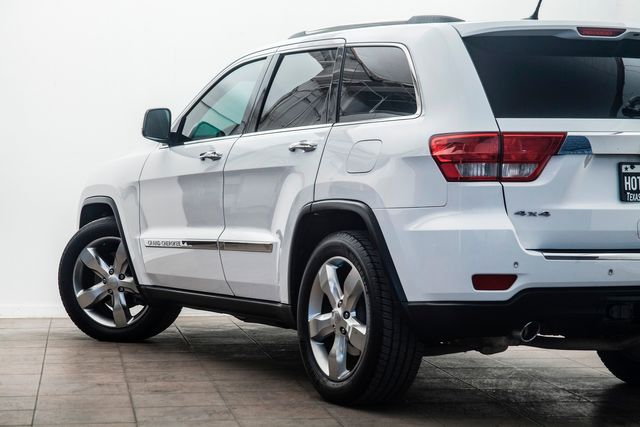 2013 Jeep Grand Cherokee Overland V8 Hemi 4X4 in Addison, TX 75001