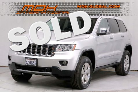 2013 Jeep Grand Cherokee Overland - 5.7L V8 - Nav - Pano roof - 4WD in Los Angeles