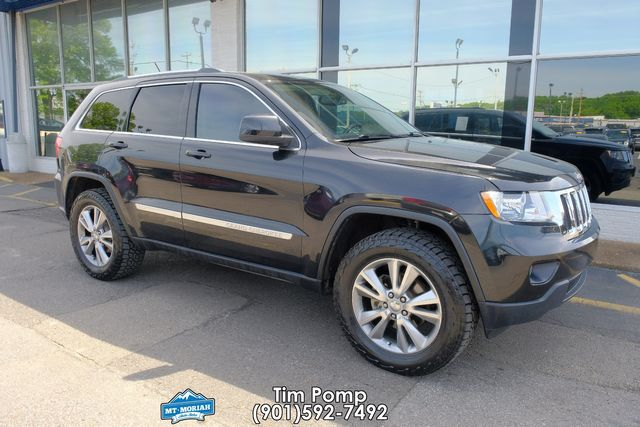 2013 Jeep Grand Cherokee Laredo W/ LEATHER in Memphis, Tennessee 38115