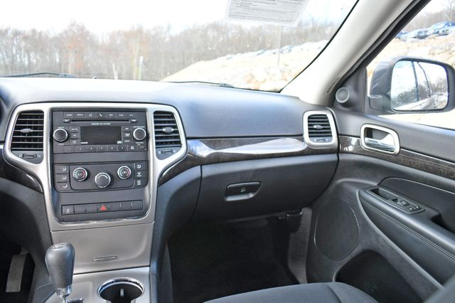 2013 Jeep Grand Cherokee Laredo 4WD Naugatuck, Connecticut 16