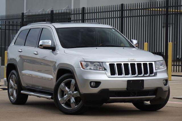 2013 Jeep Grand Cherokee Overland * HEMI * Blind Spot * TOW * Pano * 20's *