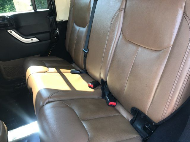 2013 Jeep Wrangler Unlimited Rubicon ONE OWNER in Carrollton, TX 75006