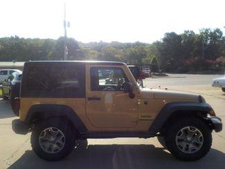 2013 Jeep Wrangler Sport Fayetteville , Arkansas 3