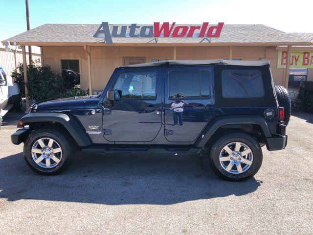 2013 Jeep Wrangler 4X4 Unlimited Sahara