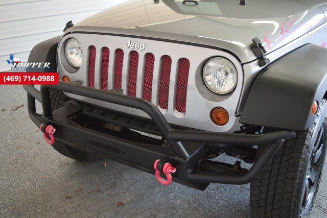 2013 Jeep Wrangler Rubicon 2DR MANUAL in McKinney Texas, 75070