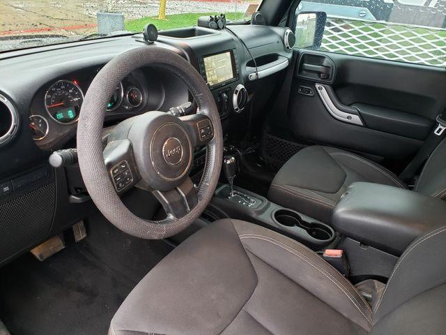 2013 Jeep Wrangler Unlimited Rubicon 4x4, Auto, NAV, Remote Start, Alloys, NICE in Dallas, Texas 75220