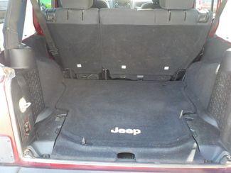 2013 Jeep Wrangler Unlimited Sport Fayetteville , Arkansas 12