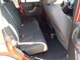 2013 Jeep Wrangler Unlimited Sport Fayetteville , Arkansas 13