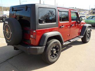 2013 Jeep Wrangler Unlimited Sport Fayetteville , Arkansas 5