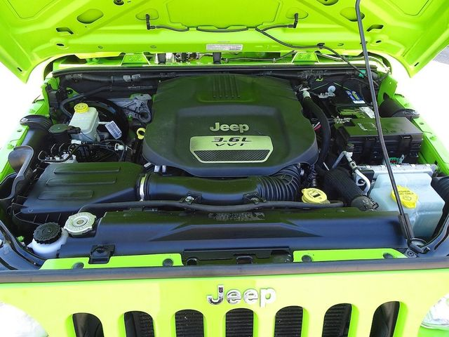 2013 Jeep Wrangler Unlimited Sport RHD Madison, NC 38