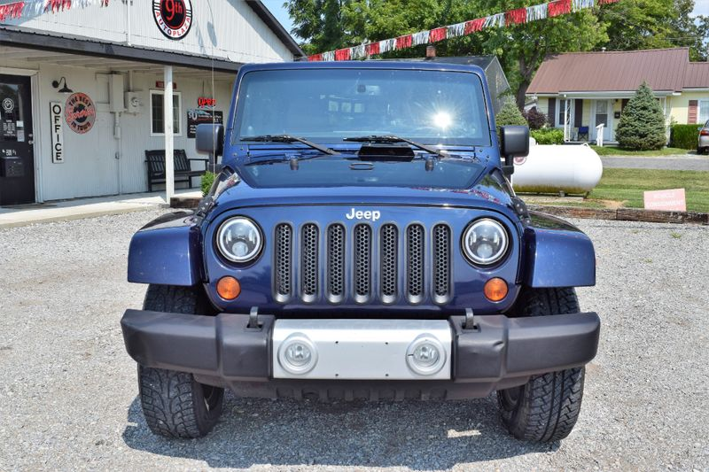 2013 Jeep Wrangler Unlimited Sahara - Mt Carmel IL - 9th Street AutoPlaza  in Mt. Carmel, IL