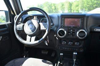 2013 Jeep Wrangler Unlimited Rubicon 4WD Naugatuck, Connecticut 13