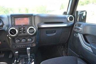 2013 Jeep Wrangler Unlimited Rubicon 4WD Naugatuck, Connecticut 15