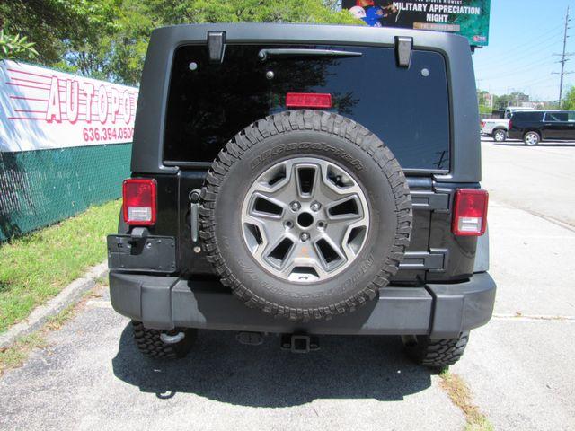 2013 Jeep Wrangler Unlimited Rubicon St. Louis, Missouri 1