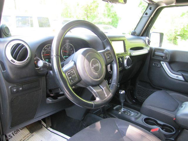 2013 Jeep Wrangler Unlimited Rubicon St. Louis, Missouri 2