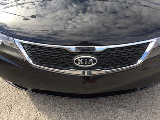 2013 Kia Forte LX Knoxville , Tennessee 5