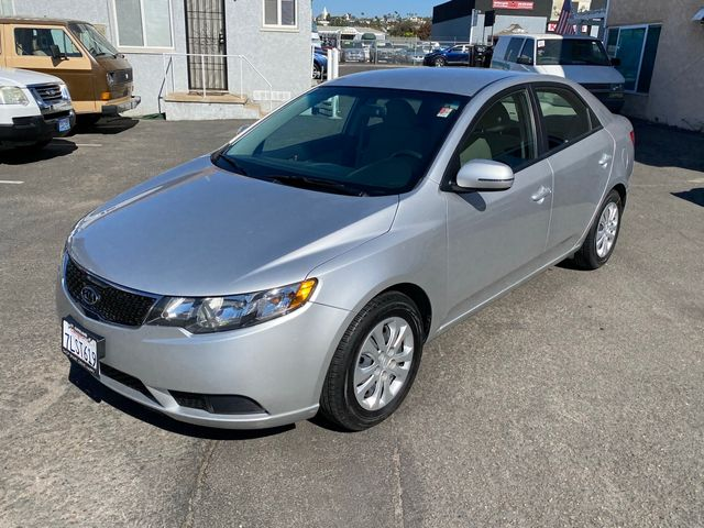 2013 Kia Forte EX - Automatic, 2.0L, 4-cyl, 4 Door Sedan - 2 OWNERS, CLEAN TITLE, NO ACCIDENTS, 65,000 MILES