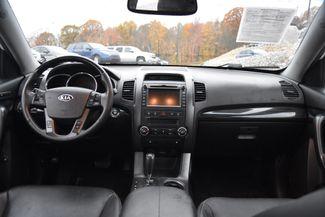 2013 Kia Sorento SX Naugatuck, Connecticut 13