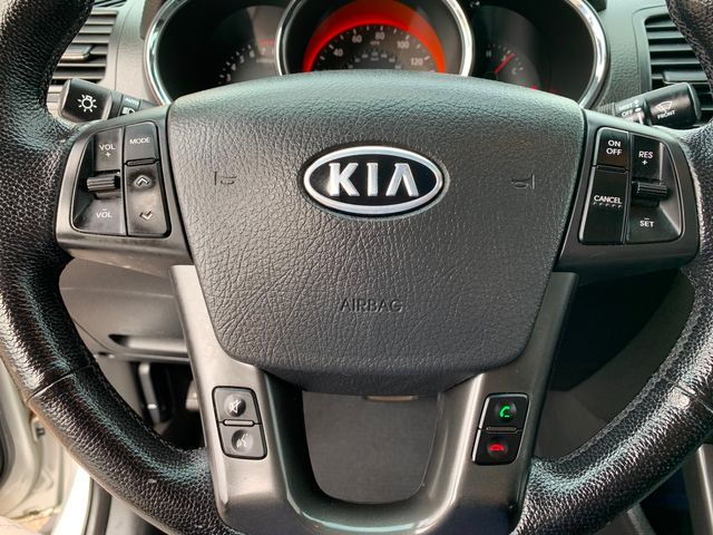 2013 Kia Sorento SX 3 MONTH/3,000 MILE NATIONAL POWERTRAIN WARRANTY Mesa, Arizona 18