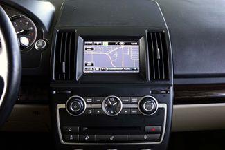 2013 Land Rover LR2 HSE * 1-Owner * NAVI * Climate Comfort Pk * BU CAM Plano, Texas 16
