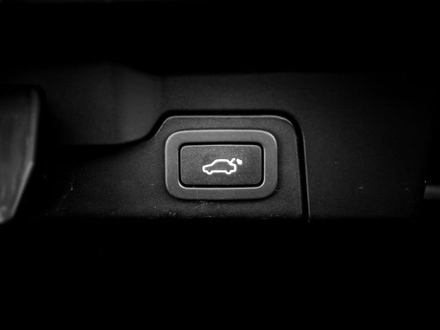 2013 Land Rover Range Rover Evoque Pure Burbank, CA 21