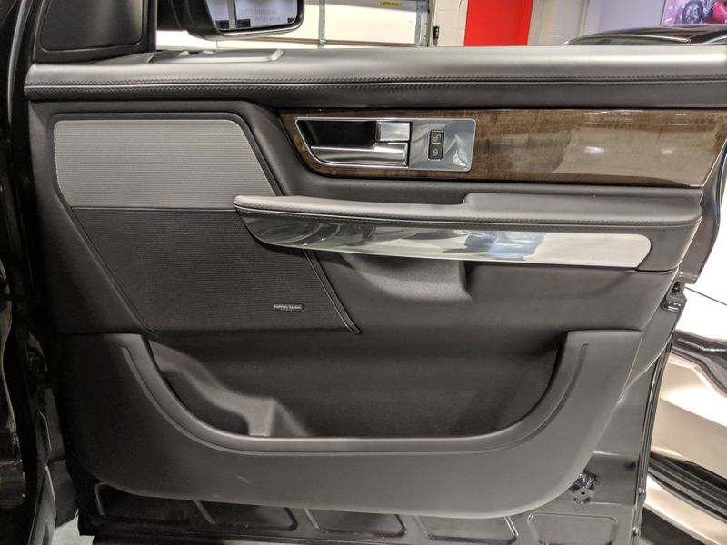 2013 Land Rover Range Rover Sport HSE LUX  Lake Forest IL  Executive Motor Carz  in Lake Forest, IL