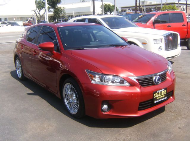 2013 Lexus CT 200h Hybrid Los Angeles, CA 4