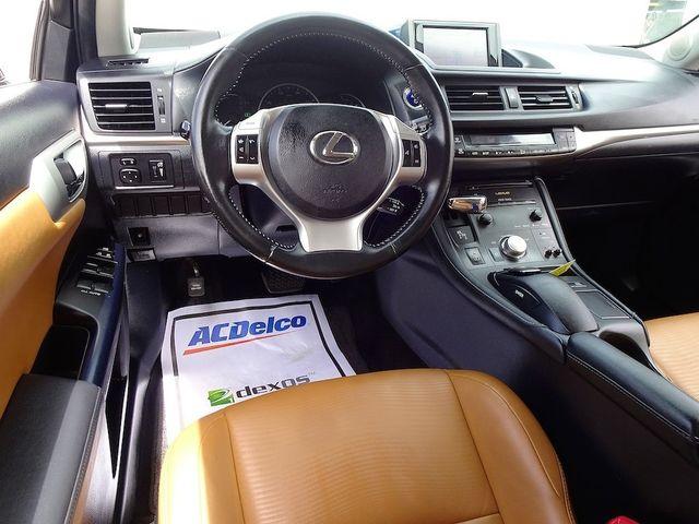 2013 Lexus CT 200h Hybrid Madison, NC 39